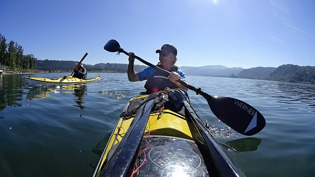 4 Killer Kayak Paddles You'll Wish You Invested In Sooner